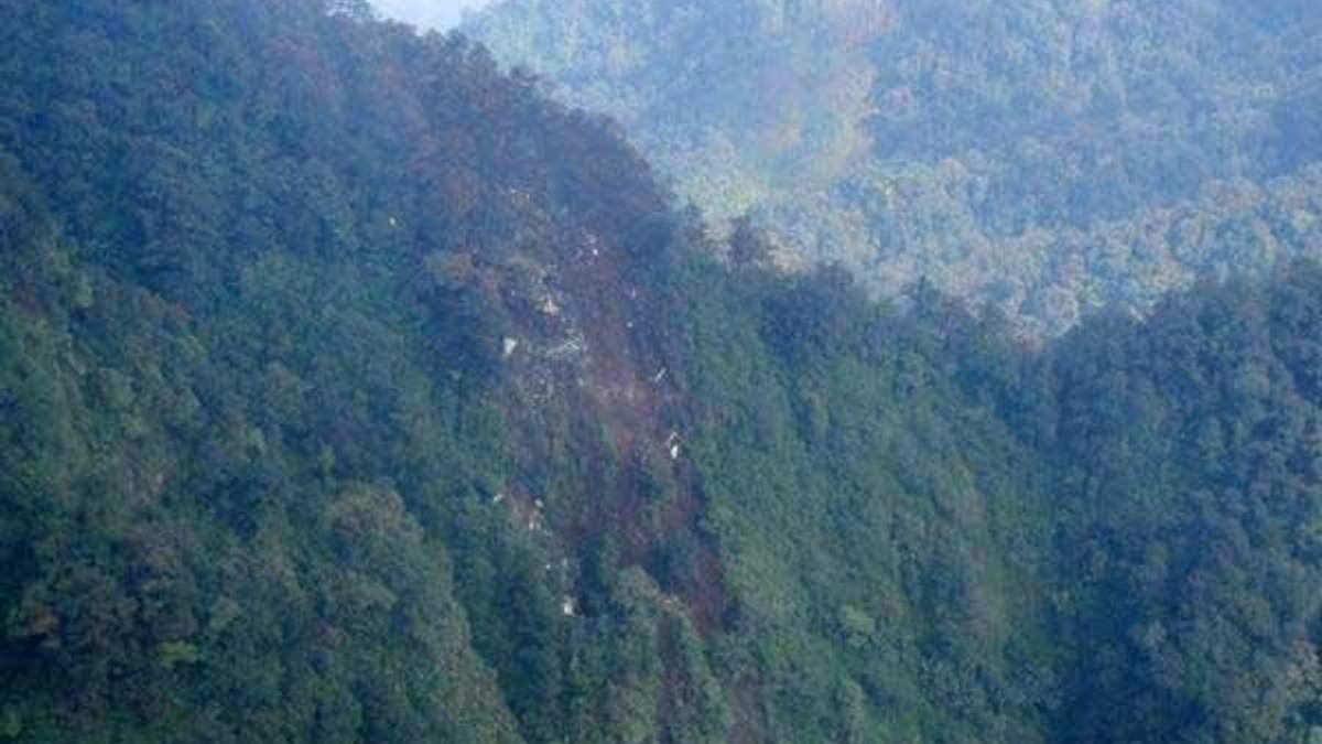 Росія розслідуватиме катастрофу Superjet-100  в Індонезії