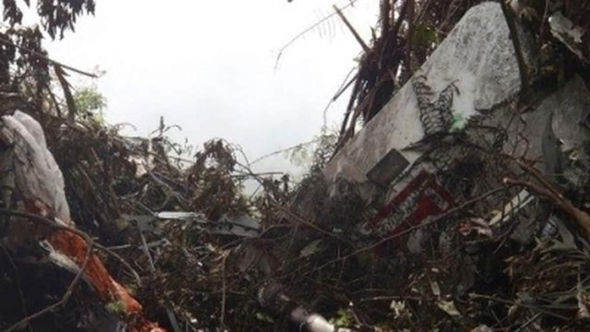 """В Індонезії знайшли ще один """"чорний ящик"""" з SSJ-100"""