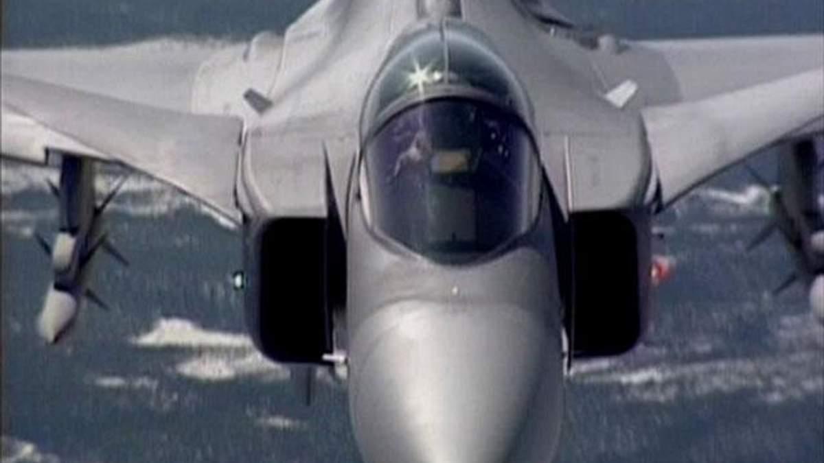 Сучасні бойові літаки - досконалі бойові машини.