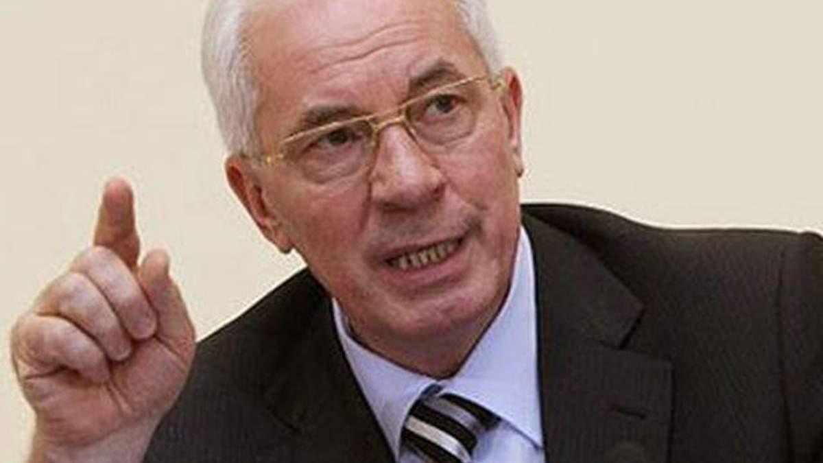 Азаров заперечує крадіжку грошей урядом на ЄВРО-2012