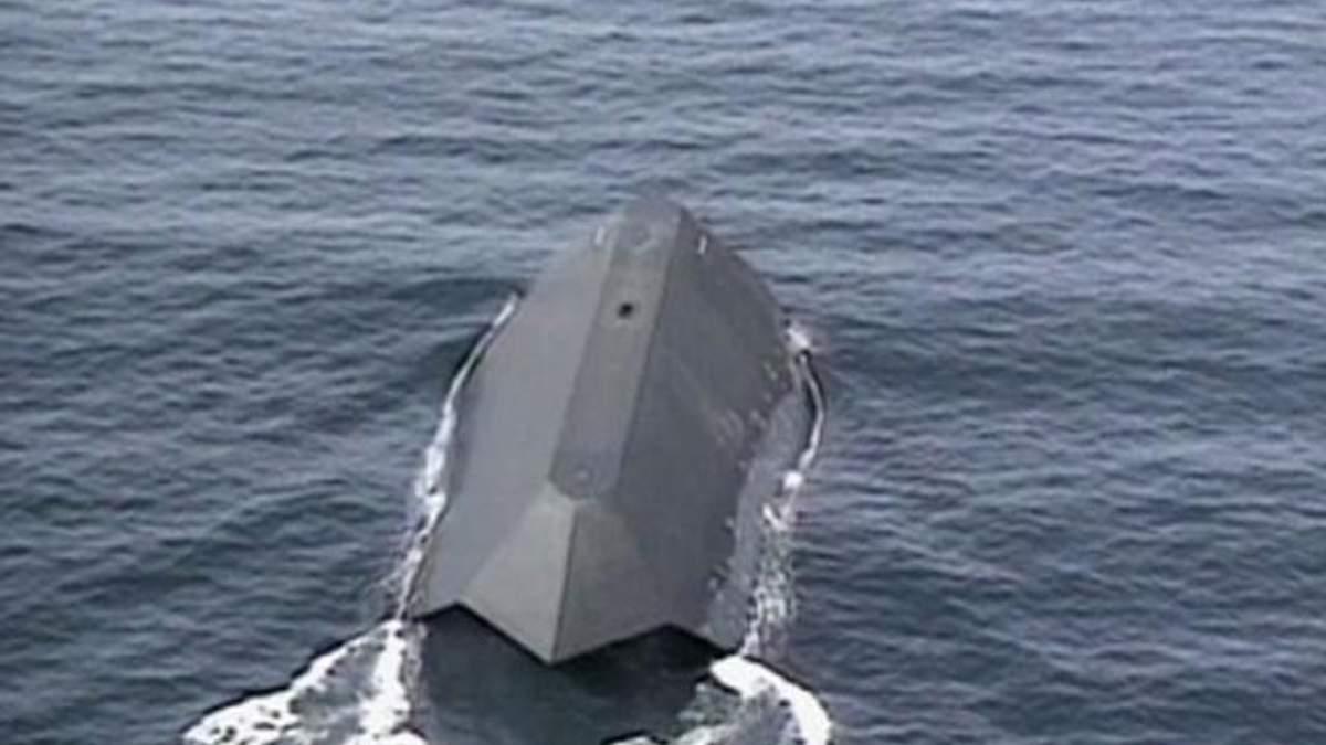 """Sea Shadow - військовий корабель, який """"знявся"""" у фільмі про Джеймса Бонда"""