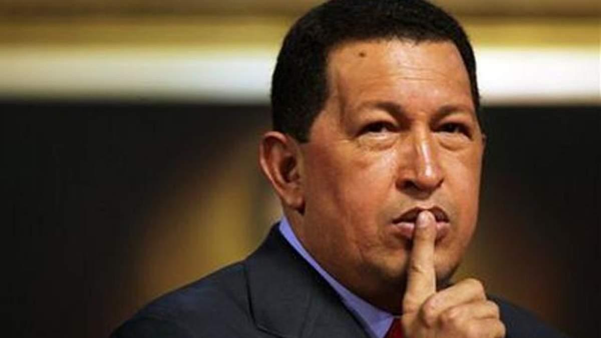 Уго Чавес снова полетел лечиться на Кубу