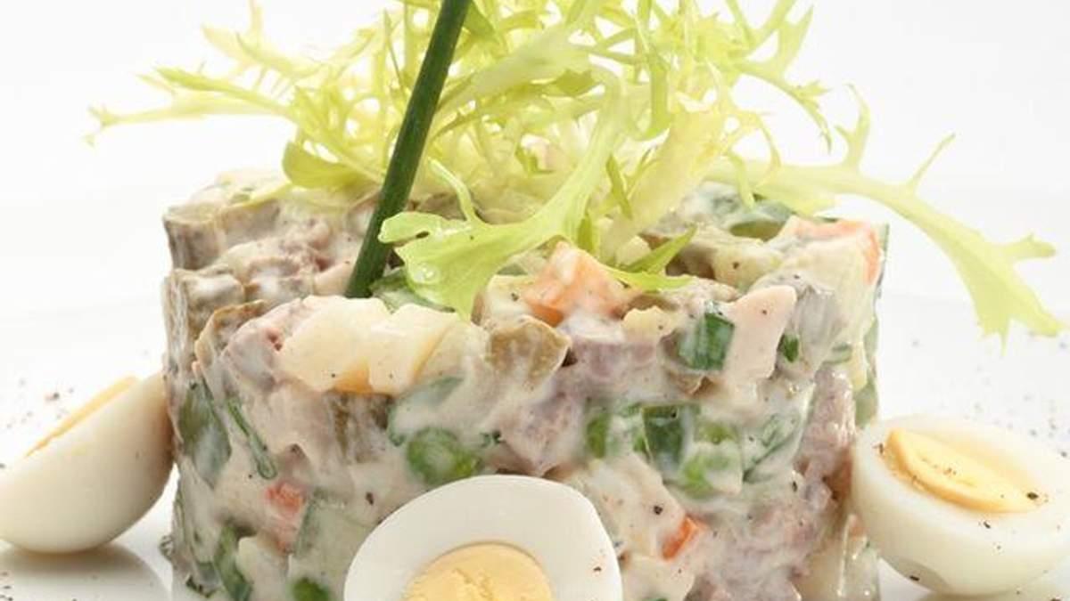 Россияне установить рекорд, приготовив 1800 килограммов салата