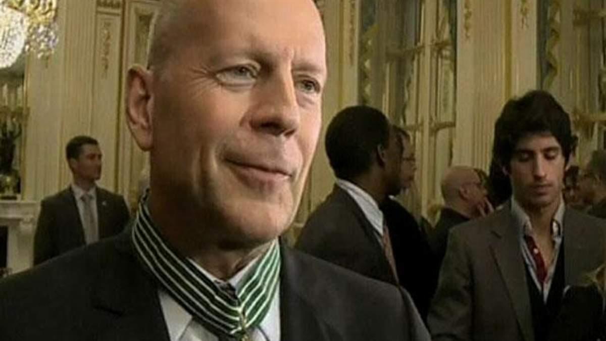 Брюс Вілліс став командором Ордена мистецтв і словесності Франції