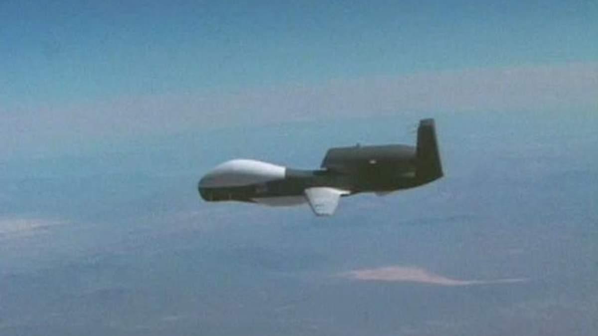 Безпілотні літальні апарати не пускають нелегалів до Америки (Відео)