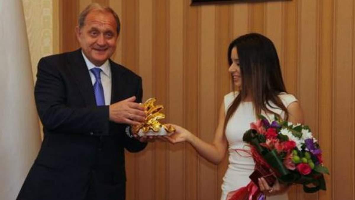 Злате Огневич присвоили звание заслуженной артистки Крыма