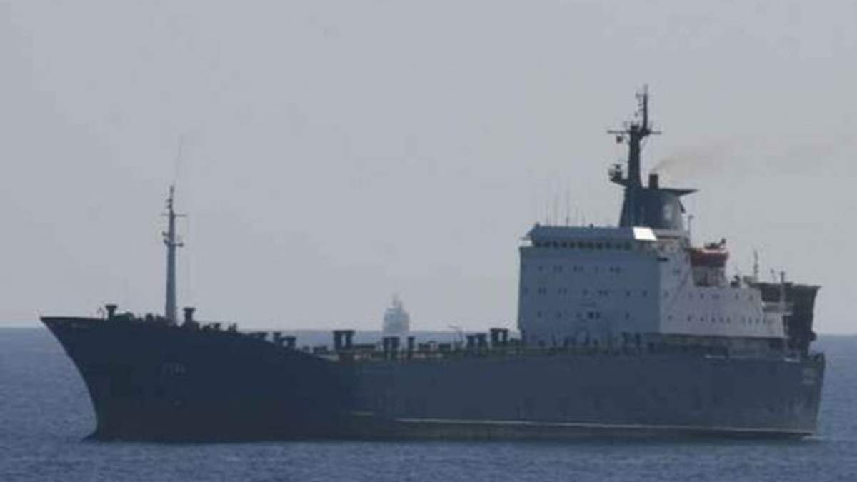 У Лівії захопили пором із 19 українцями на борту