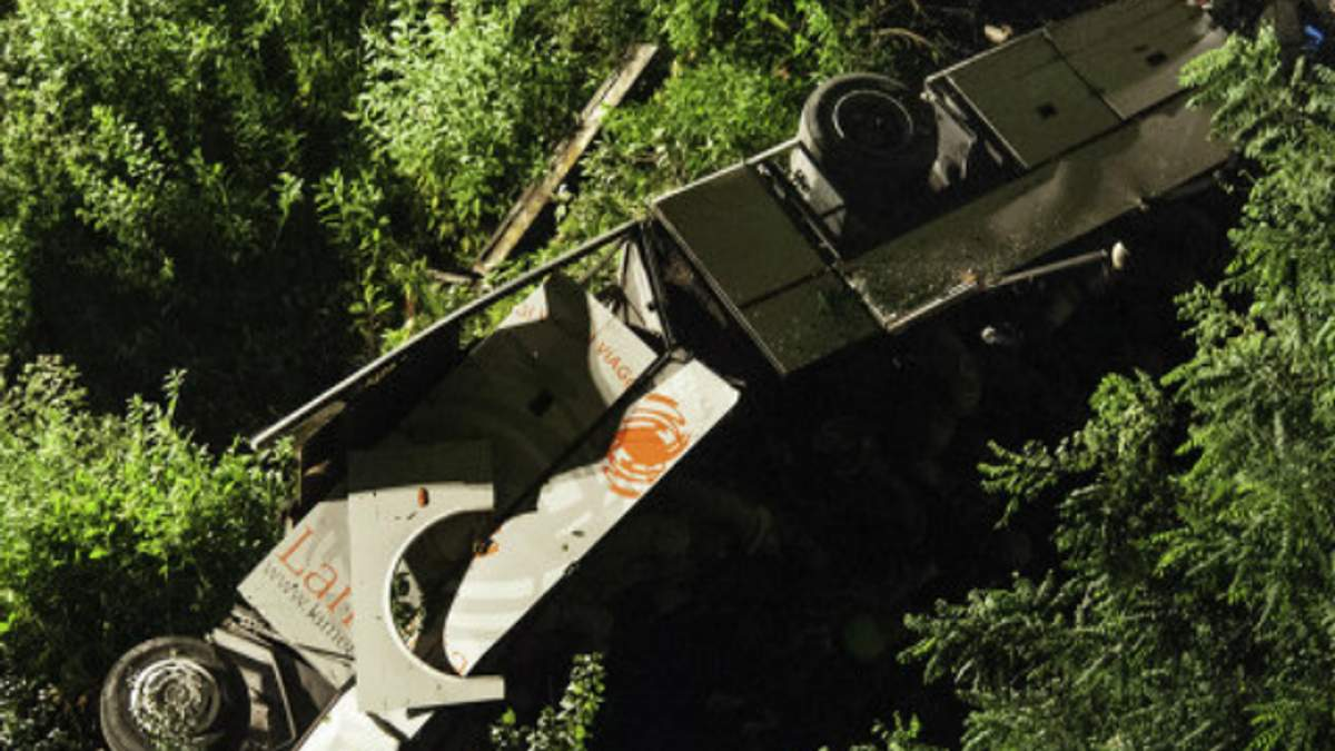 В Италии объявлен траур по жертвам автокатастрофы