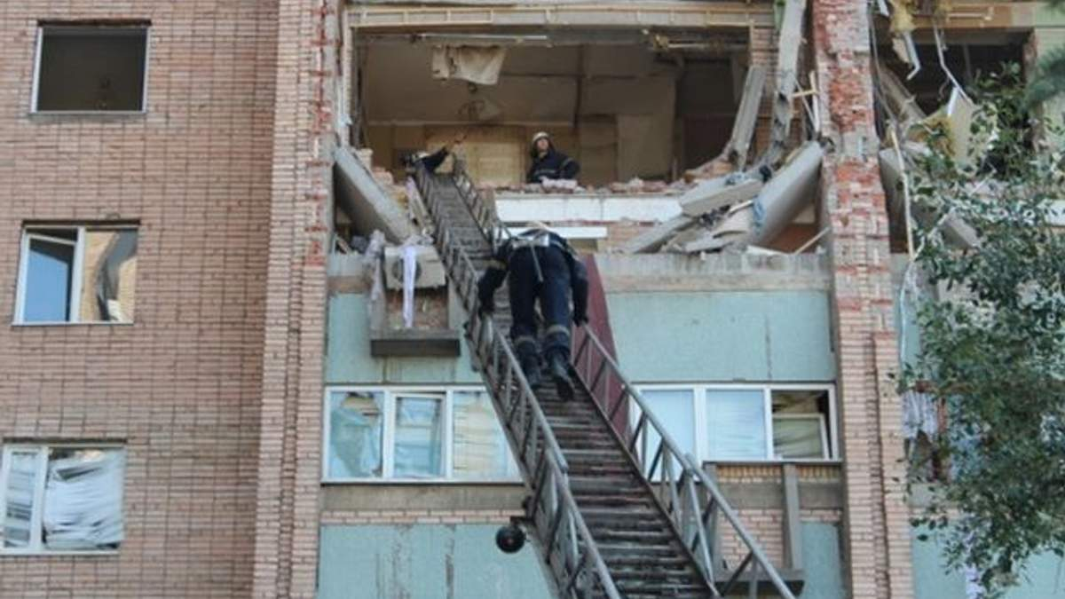 Власник луганської квартири, яка вибухнула, каже, що не причетний до події