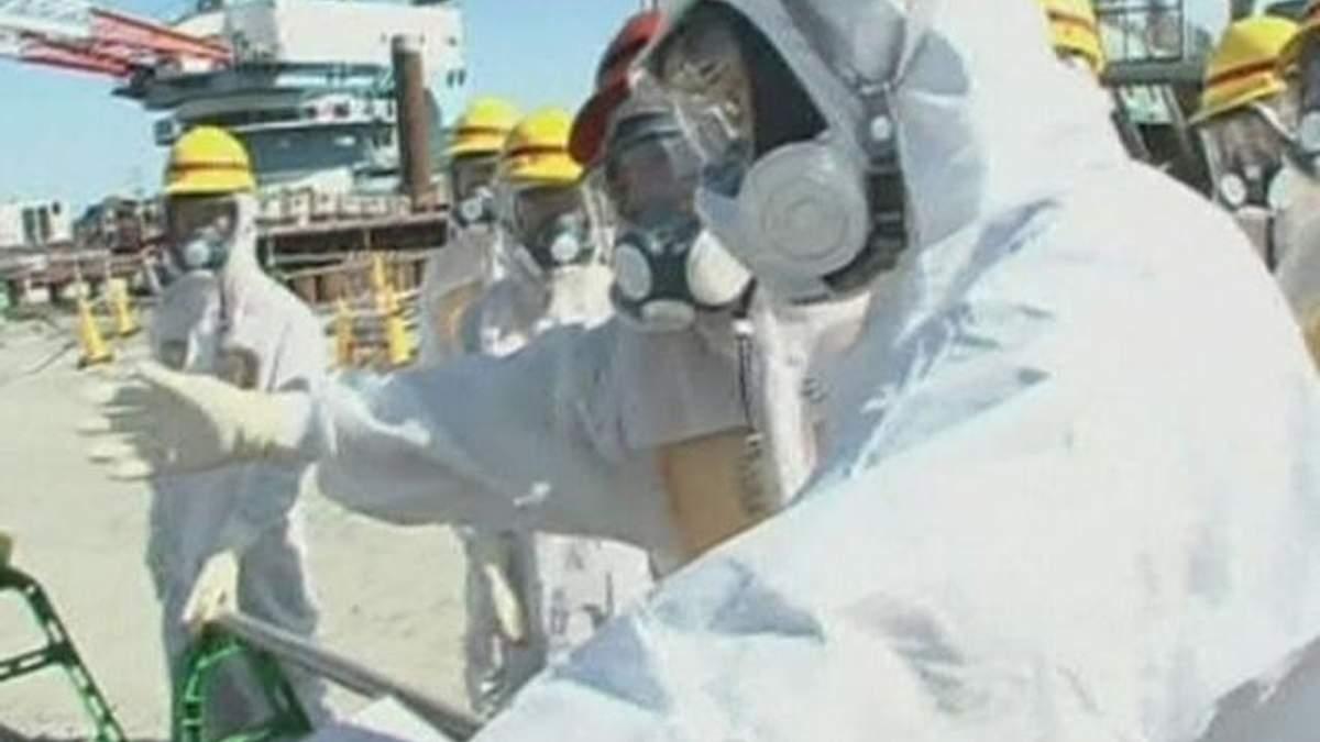 """Уровень опасности утечки воды на """"Фукусиме"""" официально повысилии"""