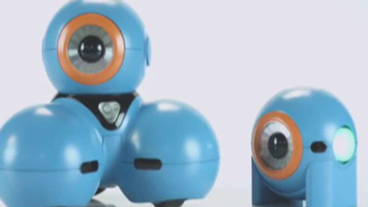 Смартфони можна буде складати, як комп'ютери, а роботи навчать дітей програмувати