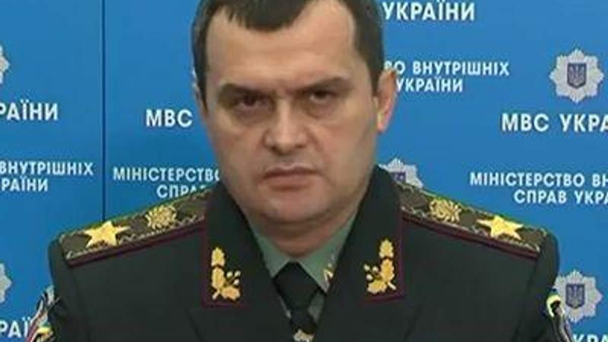 Янукович і право сили: cornix cornici oculum non effodit?