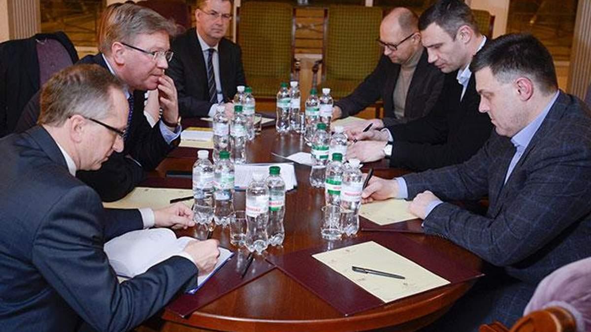 Опозиція обговорила з Фюле новий склад Кабміну і Конституцію