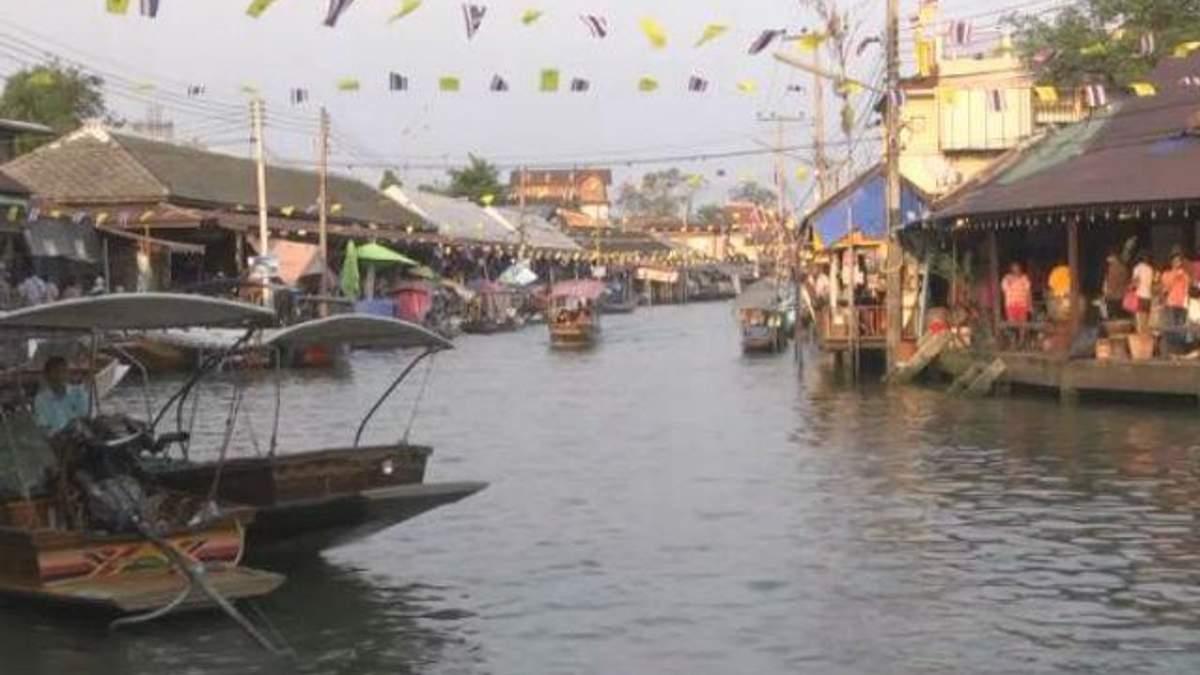 Чудеса світу. Плавучі села Таїланду дивують туристів