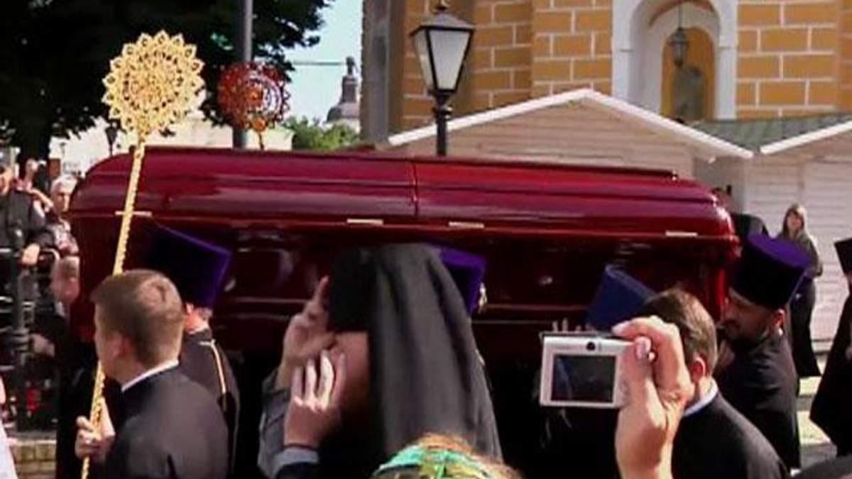 Митрополита Володимира поховають 7 липня на кладовищі Лаври