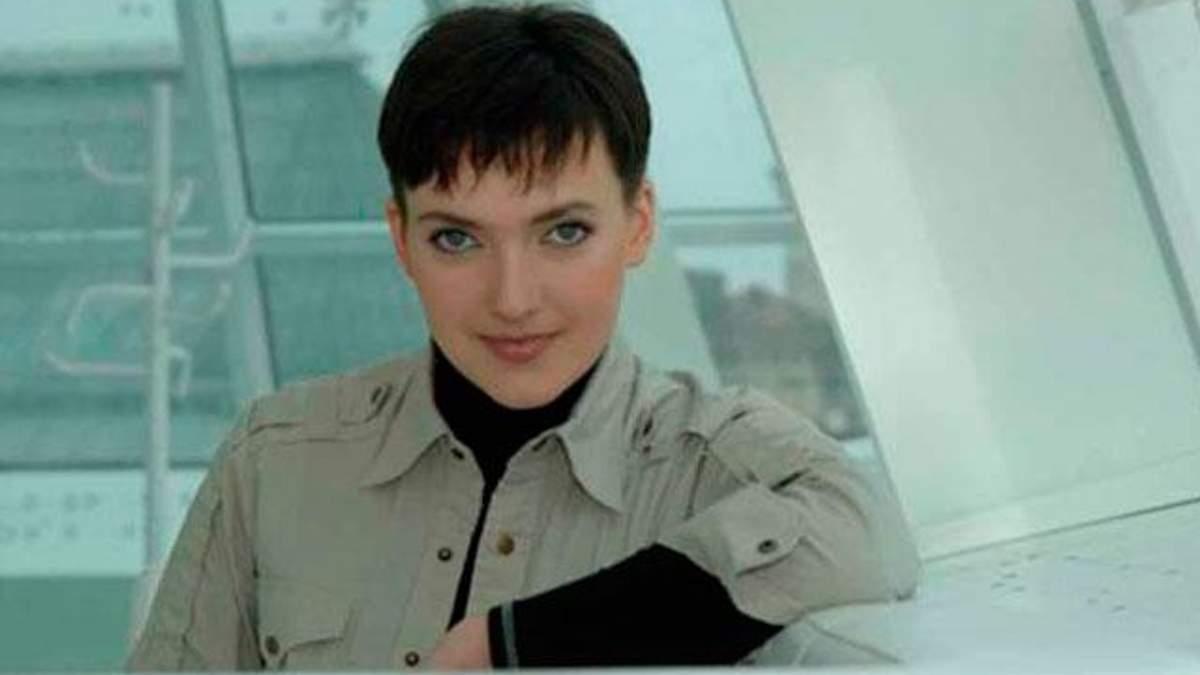 Савченко вывезли в Россию с мешком на голове и в наручниках, — консул