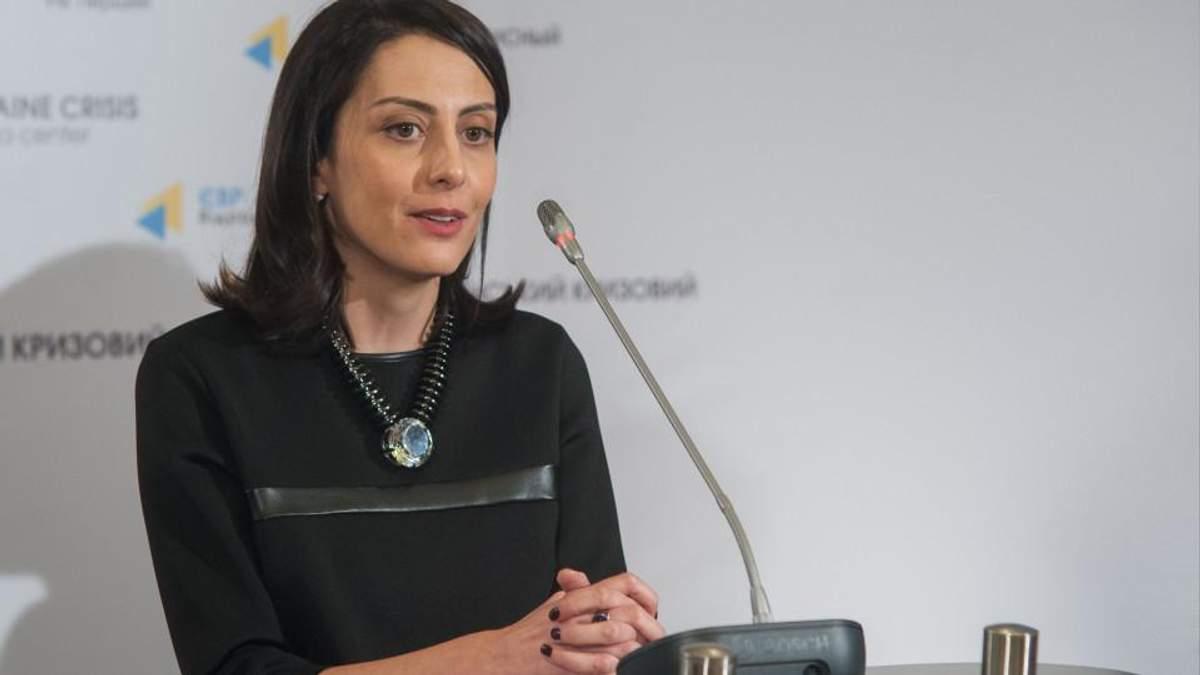 Хатия Деканоидзе: Высшее образование полиции не нужно