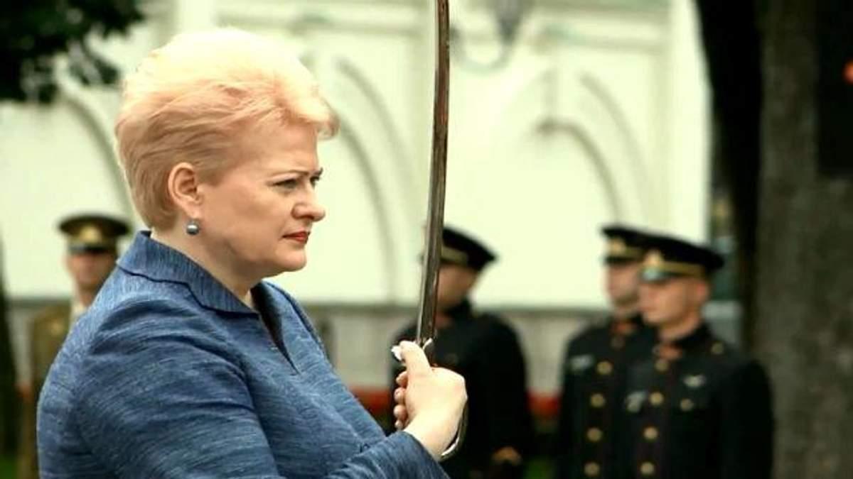 """Истории успеха. """"Железная леди"""" Литвы Даля Грибаускайте"""