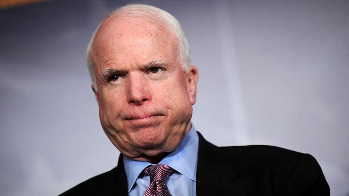 Маккейн в ярости от безразличия Запада к войне в Украине