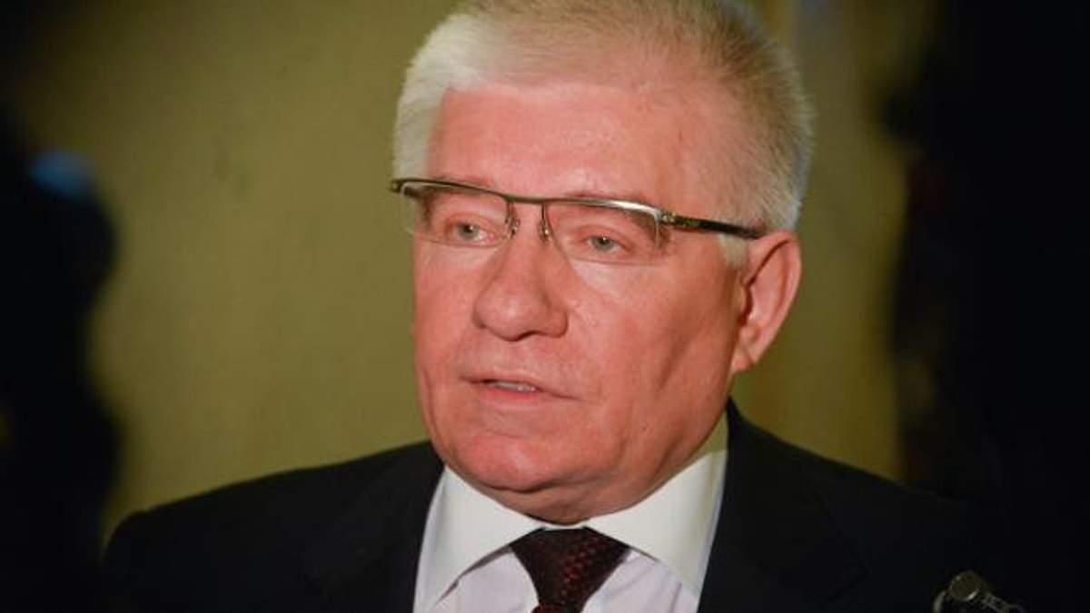 Экс-регионал смоделировал ситуацию, которая могла предшествовать самоубийству Чечетова