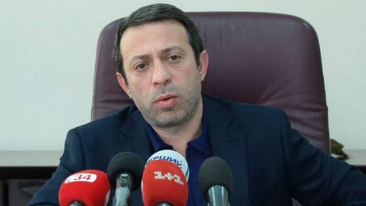 Заступник Коломойського Корбан теж пішов у відставку
