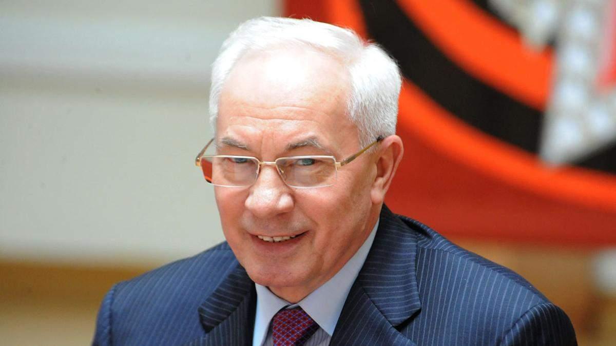 Азаров назвал фарсом задержания главного чрезвычайника Украины