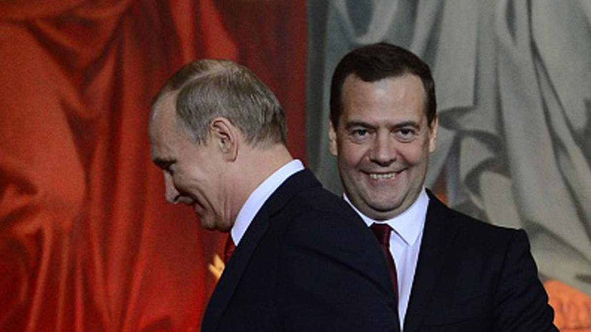 Медведєв заробив більше за Путіна