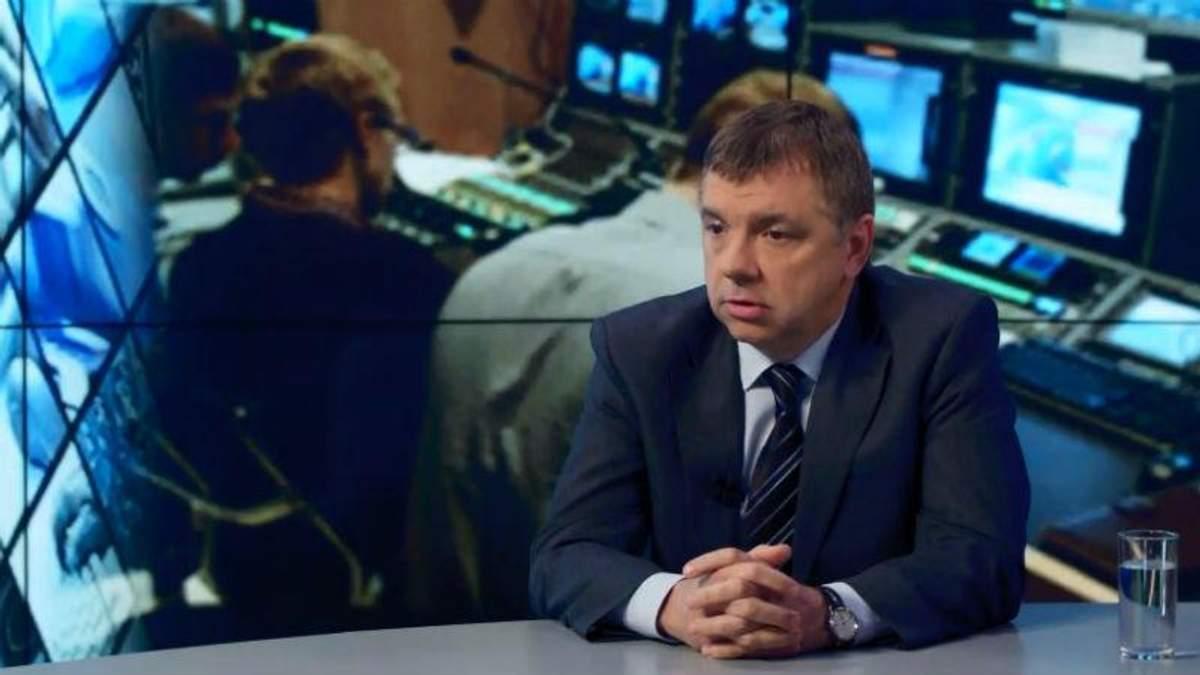 """Кабельных операторов """"под дулом"""" заставляют транслировать российские каналы, — эксперт"""