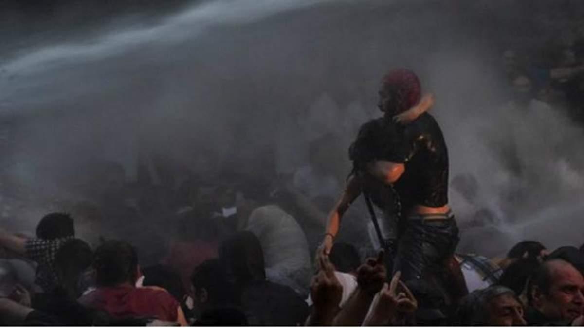На акції протесту у Вірменії затримали журналістів