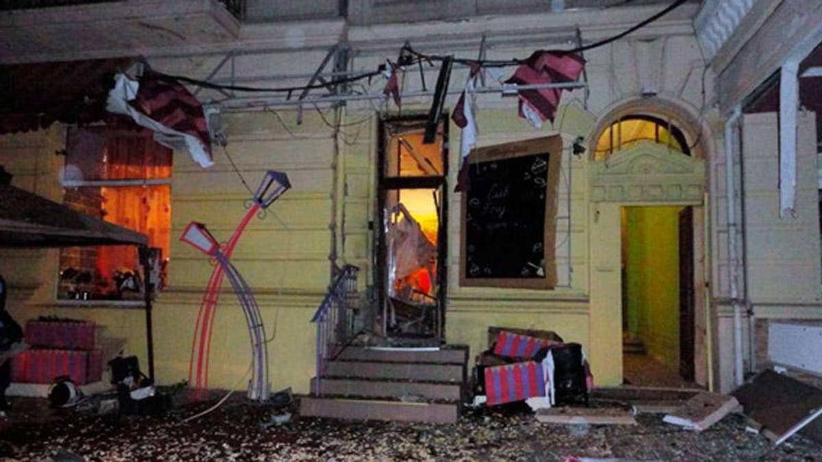 Опубликовано видео с взорванного кафе в Одессе