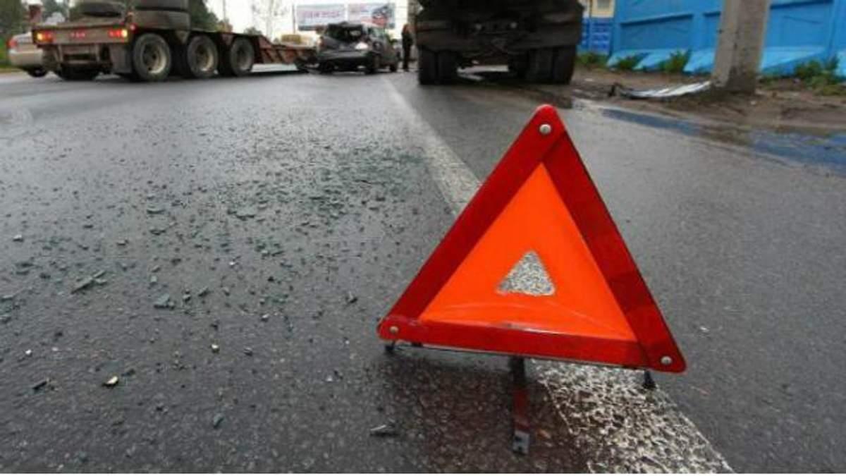 ДТП с участием военных произошло в Мариуполе. Есть пострадавшие