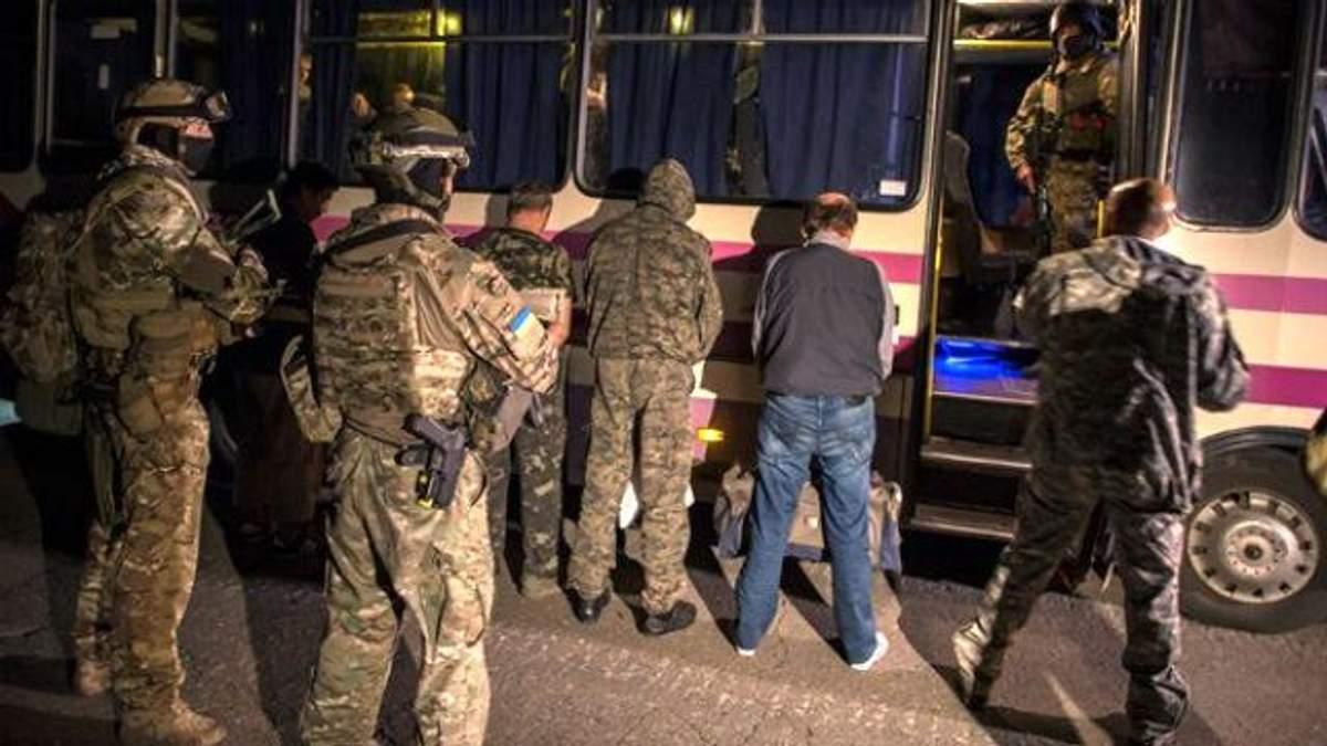 Из плена освободили украинских разведчиков
