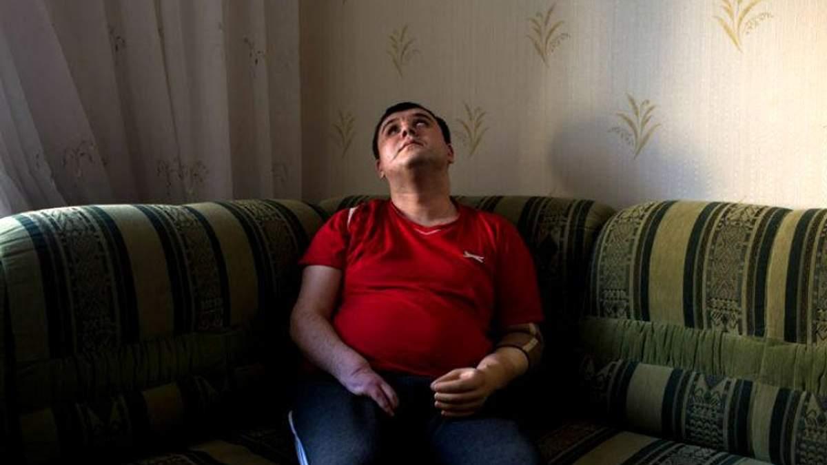 Зворушливі історії важкопоранених українських бійців (18+)