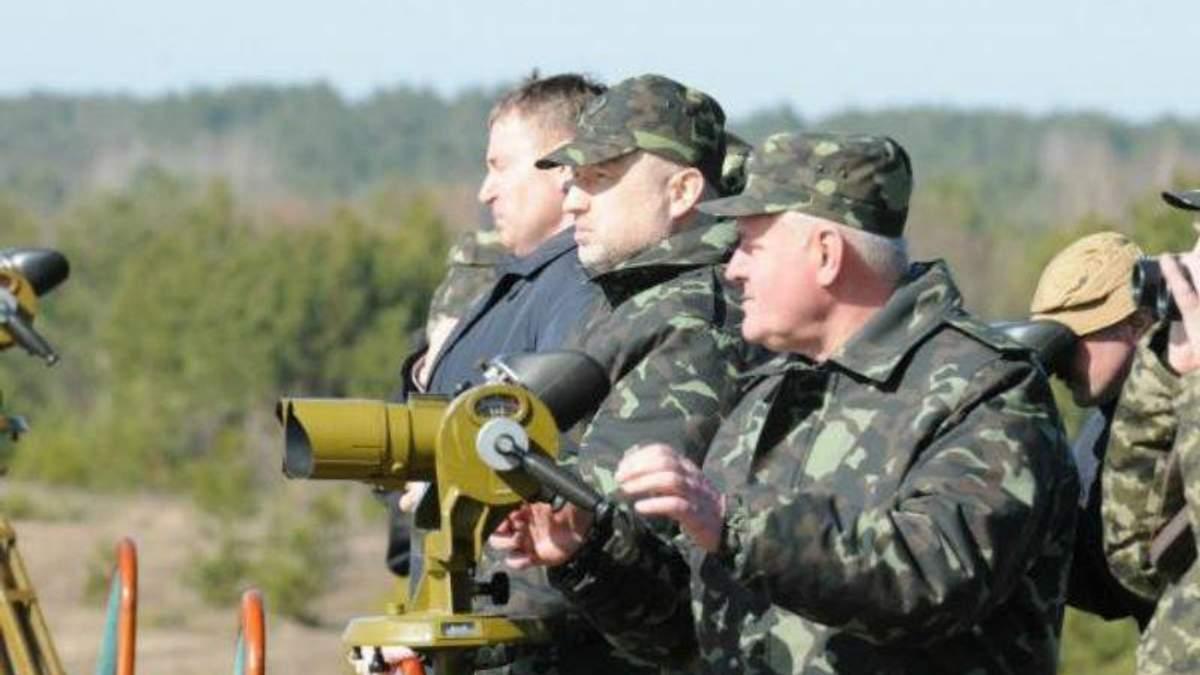 Турчинов запевняє – зведення оборонних рубежів завершується