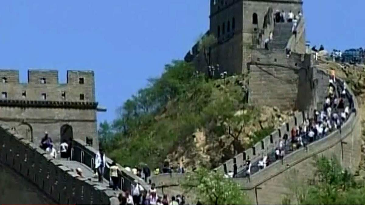 Країни світу відгороджуються одна від одної, будуючи стіни