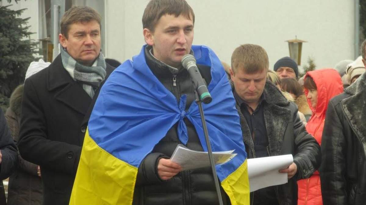 """Журналіста, який боровся проти """"бурштинової мафії"""", побили на Житомирщині"""
