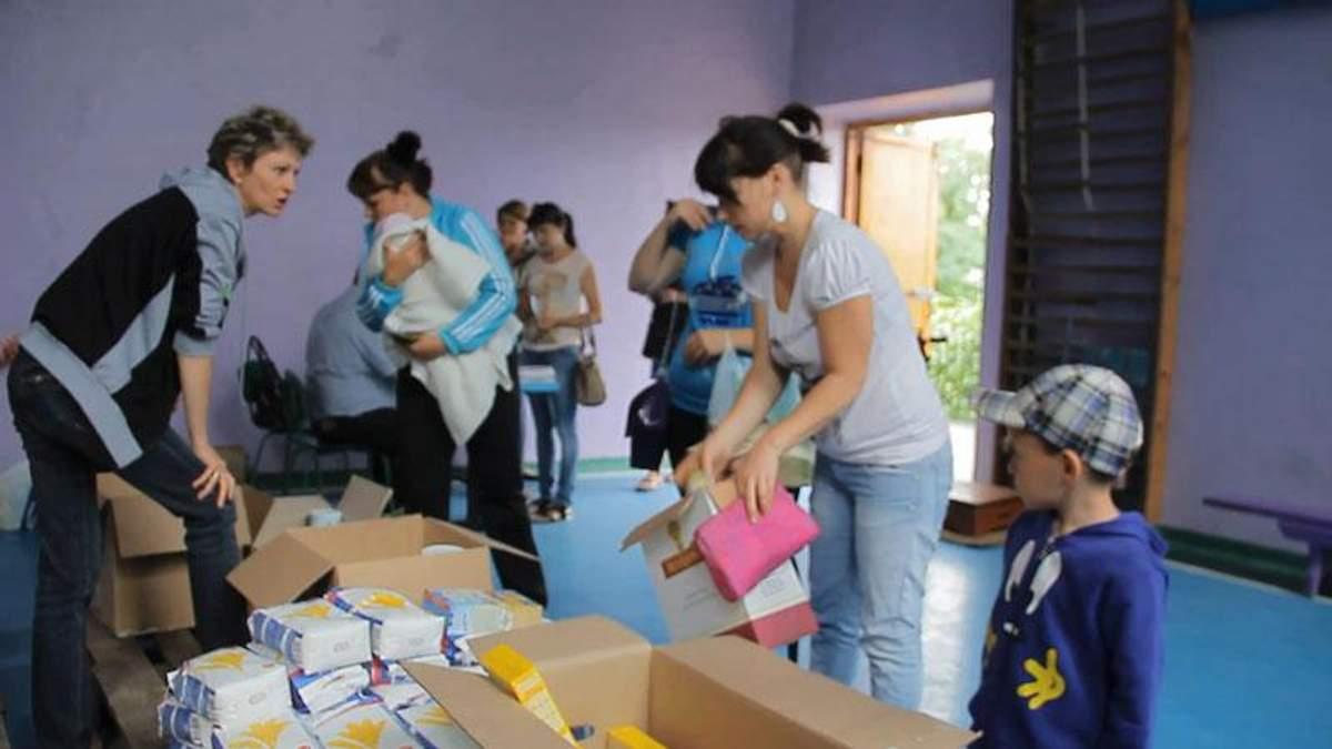 Росія труїть донеччан простроченими продуктами