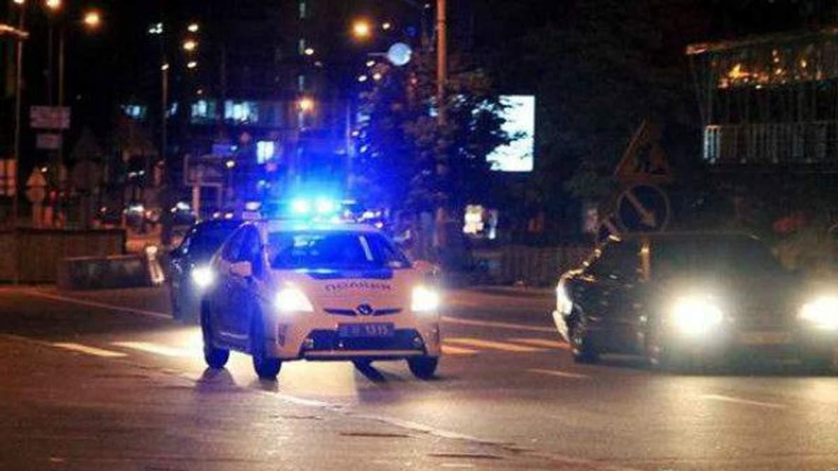 """Нова поліція пильно стежить за штабом """"Правого сектора"""""""