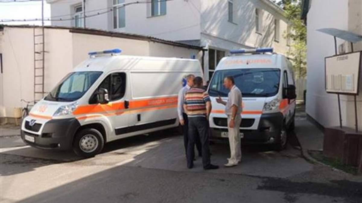 У Мукачівській лікарні залишається 8 поранених у перестрілці