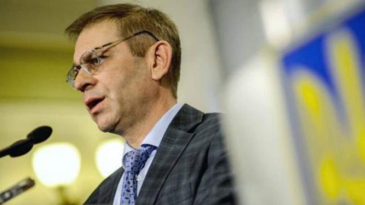 Пашинський закликав парламент ухвалити три важливі законопроекти через ситуацію в зоні АТО