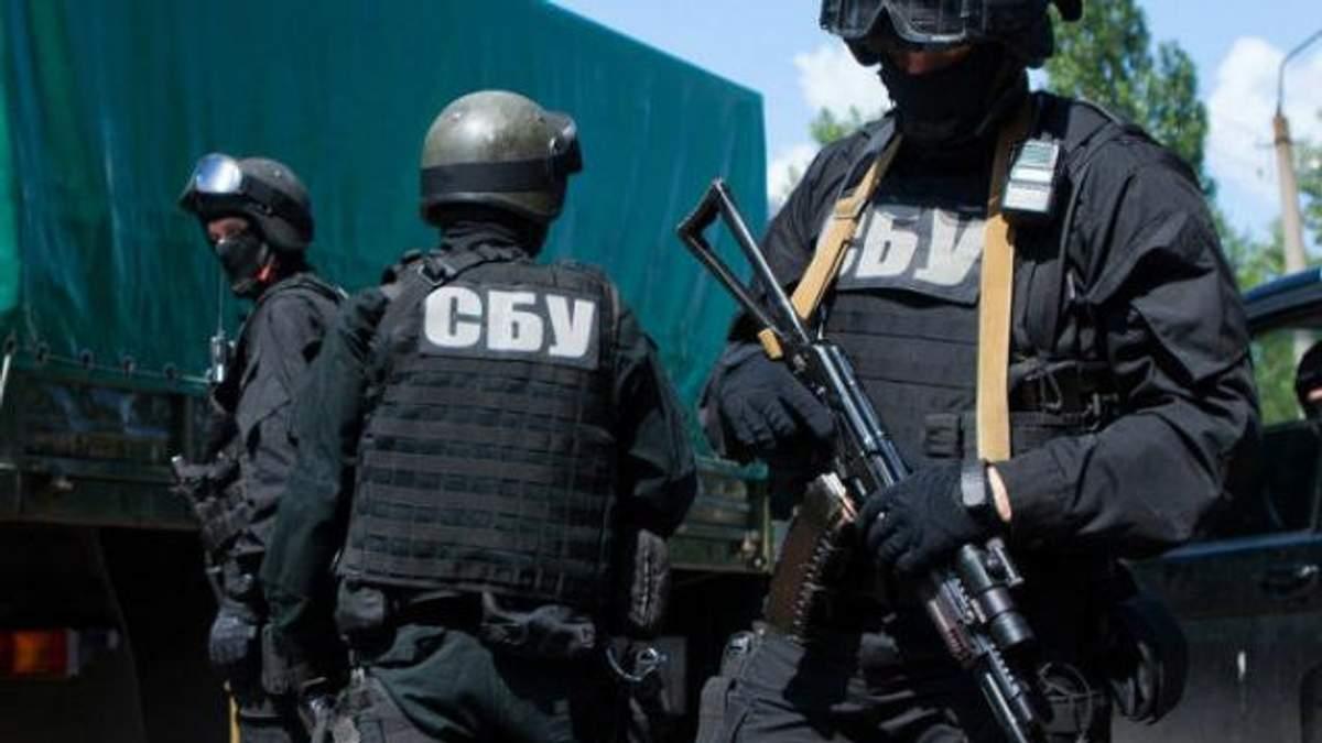 СБУ хвалиться одразу двома впійманими поплічниками терористів на Донбасі