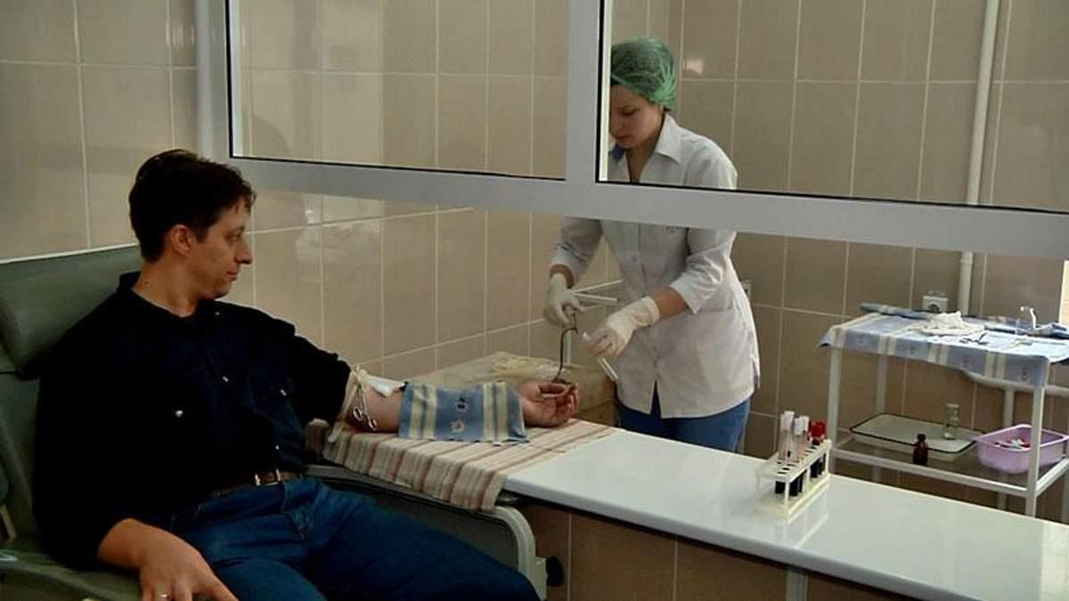 Лікар розповів про стан постраждалих львівських правоохоронців