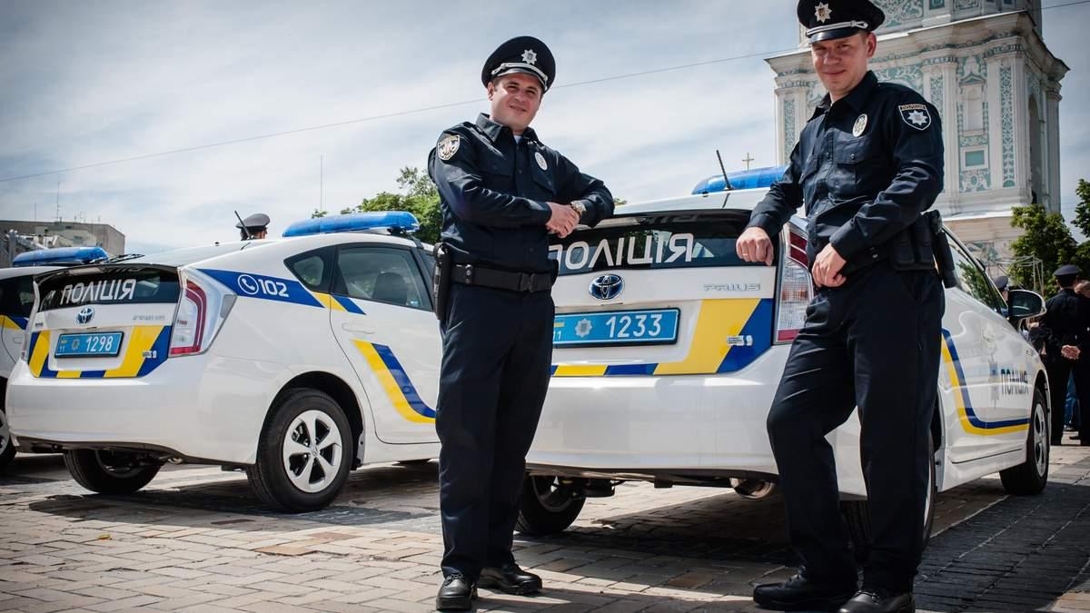 П'яний міліціонер, за яким вночі ганялись патрульні, здався сам