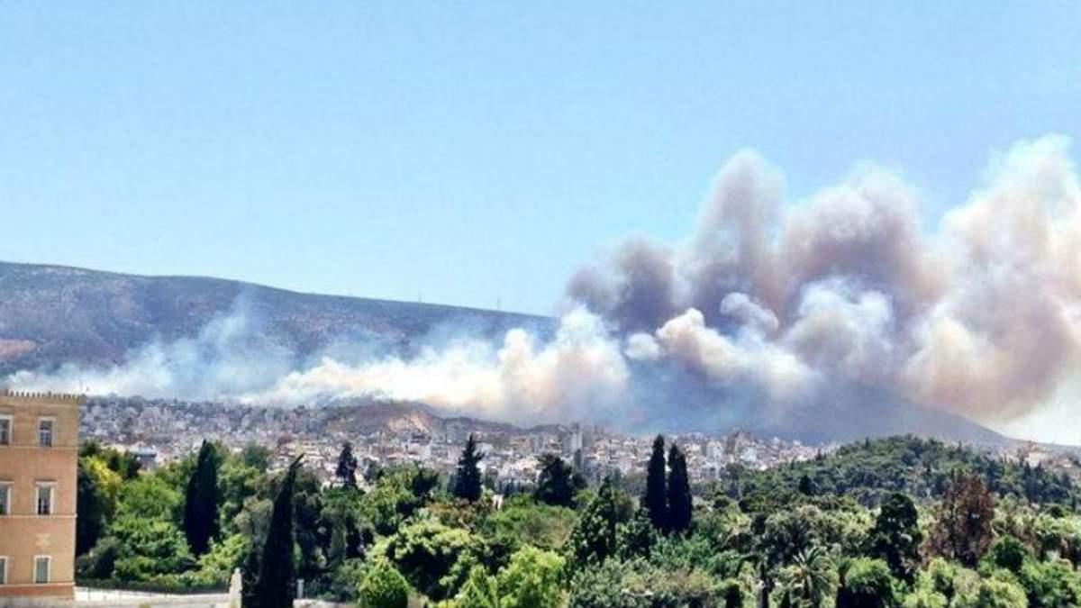 Греция пылает: масштабные пожары уничтожают окраину Афин