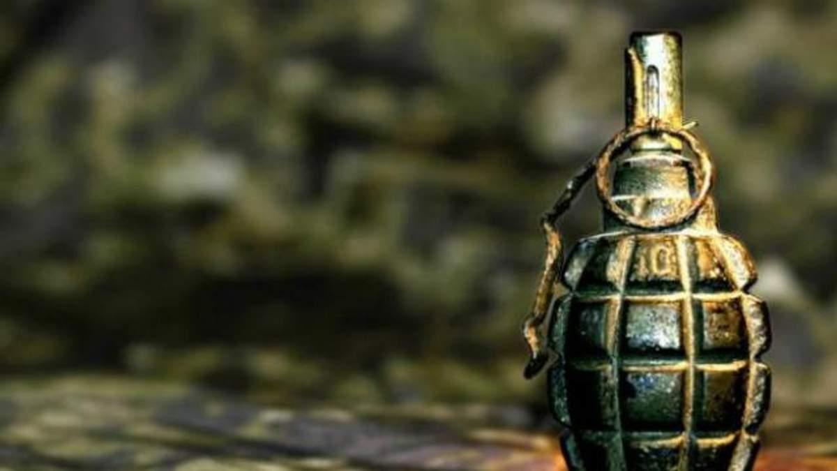 Украинский военный подорвался гранатой в Донецкой области