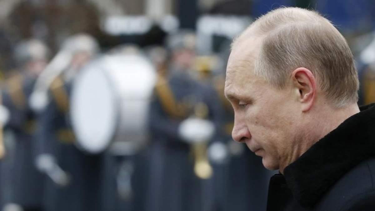 Путін може відмовитись від Криму заради збереження обличчя, — екс-розвідник