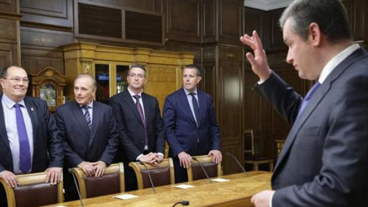 Поїздка французьких депутатів до Криму може закінчитись судом