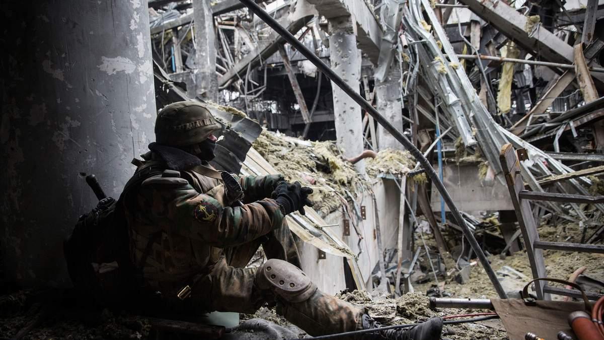 Військовий експерт пояснив, чому Захід затягує конфлікт на Донбасі