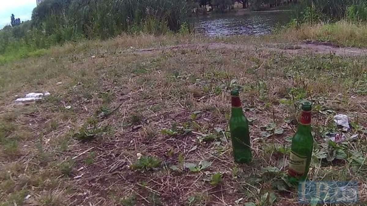 Загадкова смерть у Києві.  Біля озера знайшли труп хлопця