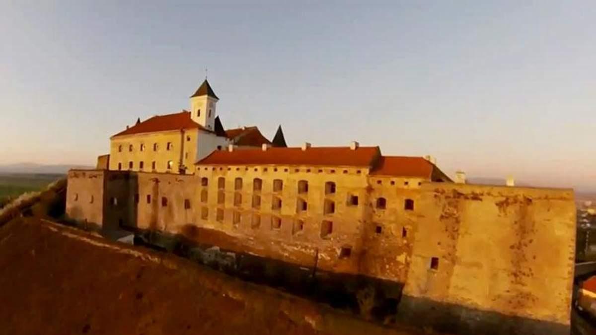 Топ-5 вражаючих місць Західної України